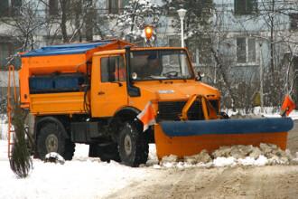 Circulatie ingreunata pe drumurile judetene din Arad, in urma ninsorilor