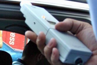 Poliţist cercetat după ce un şofer beat l-a reclamat că şi el era băut