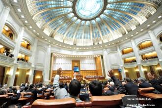 16 parlamentari PSD, PNL şi UDMR au lipsit la votul pe motiune