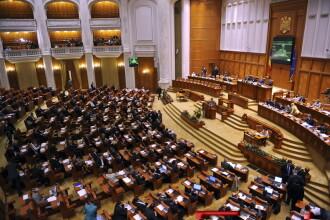 Greu la deal cu bugetul! Amendamente multe, certuri, plictiseala mare...