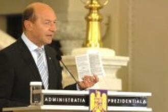 Basescu: Optiunea mea - guvern PDL-PNL, cu premier democrat-liberal