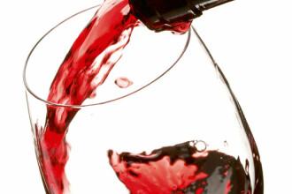 Alcoolul creste riscul de cancer