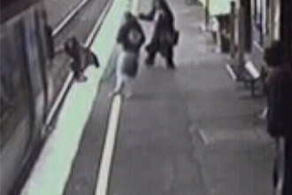 Bebe in carucior, a trecut metroul peste el! Vezi faza!