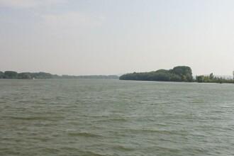 Nivelul scazut al Dunarii devine motiv serios de ingrijorare. Se pierd zeci de mii de euro zilnic