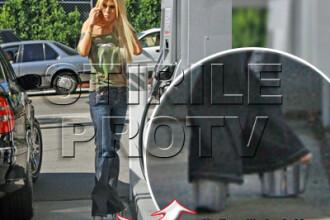 O diva XXX nu isi lasa pantofii speciali nici cand face plinul!