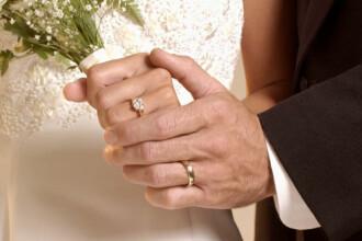 Desi numarul de casatorii a crescut, romanii fac tot mai putini copii