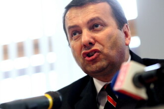 Ministrul de Finante este in proces cu el insusi pentru stimulente