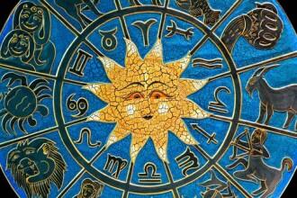 Horoscop zilnic 25 aprilie 2014. Fecioarele au sanse sa se logodeasca. Balantele primesc daruri de la o persoana draga