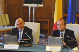 Surse din PDL: Eventuala remaniere guvernamentala va fi decisa de Emil Boc si Traian Basescu