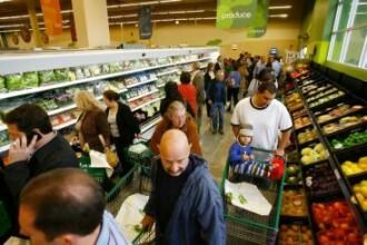 Hipermarket-urile au program special de sarbatori. Vezi cand poti sa iti faci cumparaturile