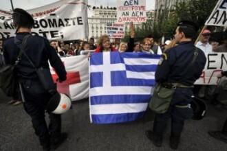Grecia, resuscitata. CE, FMI si BCE si-au dat acordul: alte 8 miliarde de euro ajung la eleni