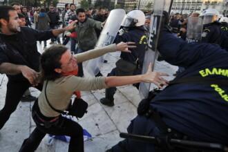 A 5-a greva generala in Grecia din acest an. Rata sinuciderilor a crescut cu 40% in Grecia