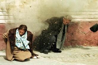 Petre Roman: Dupa executie, trupurile Ceausestilor si caseta filmata au disparut timp de cateva ore