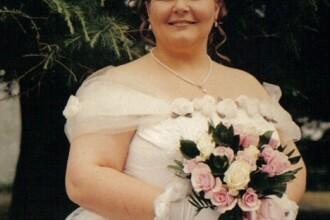 Fotografia care a facut-o sa se marite de doua ori cu acelasi barbat. Ce e in neregula cu imaginea