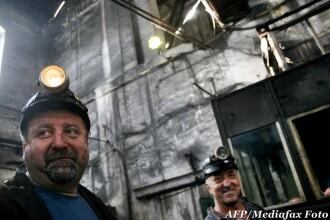 24 de mineri au recurs la un gest extrem: fac greva foamei pentru ca sporul de periculozitate nu le-a fost marit