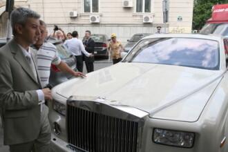 Limuzina lui Dan Diaconescu, de peste 100.000 €, a ajuns in Dambovita. Nu se stie cine a fost sofer