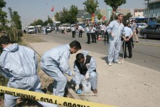Atentat sinucigas in Turcia: un mort si 10 raniti