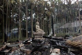 Consecintele unui mesaj publicat pe Facebook. Fotografia care a incins spiritele in Bangladesh