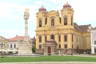 Monumentul Ciumei si Monumentul Sfantului Nepomuk din Timisoara vor fi iluminate artistic