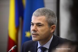 Remus Vulpescu, fostul sef al Oficiului Participatiilor Statului si Privatizarii in Industrie, audiat la DNA