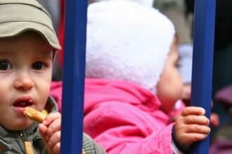 Mamele vor primi din nou 85% din venit, lunar. Prima indemnizatie majorata, in noiembrie