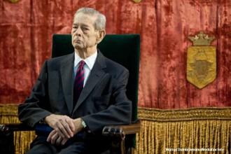 Regele Mihai, in mesajul de Craciun: Viata noastra publica lasa inca de dorit