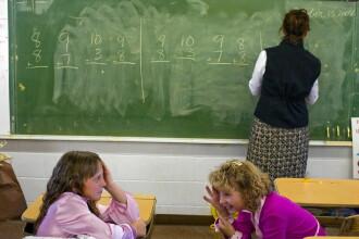 """""""Cum le explicam asta copiilor?"""". Vestea bulversanta data de un profesor, inainte de vacanta"""