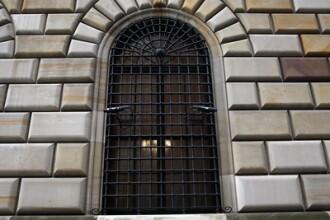 Secretele unuia dintre cele mai mari seifuri de banca din lume. E la 15 m sub nivelul marii