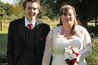 Fotografiile de nunta care ascund un gest emotionant. Cum s-au pozat acesti miri