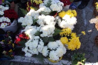 Spiritele vin sa-i viziteze pe cei dragi, de Ziua Mortilor. Vezi cum le intampina timisorenii