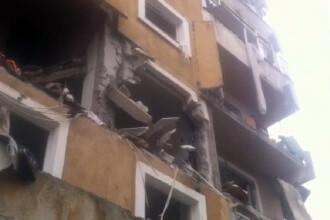 O femeie a fost gasita moarta dupa explozia unui bloc din Resita. Toti locatarii au fost evacuati