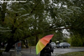 Ploi, descarcari electrice, vijelii si acumulari de apa de pana la 50 de litri pe metru patrat. Prognoza meteo pentru marti