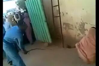 O femeie din Sudan a fost biciuita pentru ca a fost vazuta in compania unui strain. VIDEO