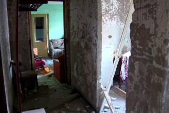 Explozie devastatoare in Arad. A incercat sa aprinda o bricheta, apoi au urmat clipe de cosmar