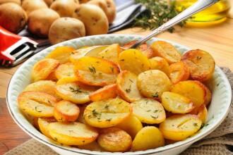 Nu asociati niciodata carnea cu cartofii. Recomandarile medicilor atunci cand doriti o friptura
