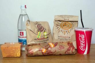 Surpriza de la miezul noptii la coada la fast-food. Cum sarbatoreste un print calificarea la Mondial