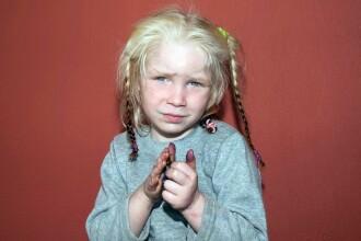 Fetita gasita intr-o tabara de romi din Grecia ar fi fost incredintata de catre mama biologica