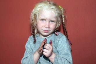 Femeia roma din Grecia la care a fost gasita o fetita blonda sustine ca mama ei ar fi romanca
