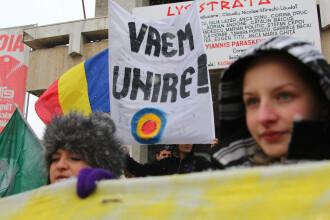 Mars pentru unirea Basarabiei cu Romania. 10.000 de persoane au participat in Capitala