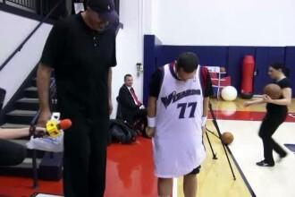 Ponta a jucat baschet contra lui Ghita Muresan si a primit un tricou lung pana la genunchi. VIDEO