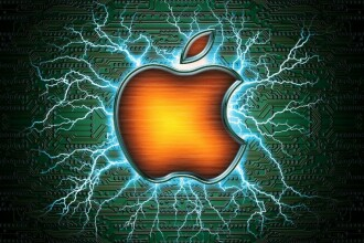 Apple mai face o victima. Un brand celebru inregistreaza pierderi record, iar CEO-ul demisioneaza