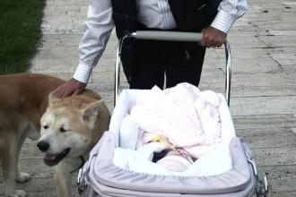 Presedintele Traian Basescu a postat noi poze cu nepoata sa, Sofia Anais. FOTO