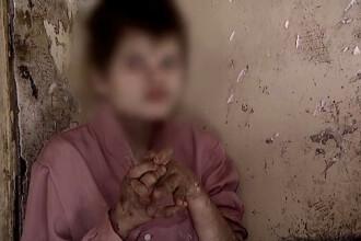 Casa groazei din Braila. Uitati de autoritati, 9 tineri si 3 batrani cu boli grave traiesc in conditii de neimaginat