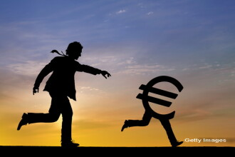 Euro a deschis in crestere usoara, peste 4,44 lei, pe piata interbancara. Cum a castigat teren fata de alte valute