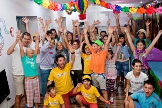 In Romania traiesc mii de copii cu care nimeni nu vrea se se joace.