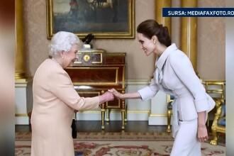 Angelina Jolie a primit un titlu de noblete si doua medalii in cursul unei audiente private la regina Elisabeta
