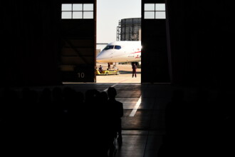 Mitsubishi a lansat avionul cu ajutorul caruia Japonia vrea sa sparga dominatia gigantilor lumii. FOTO