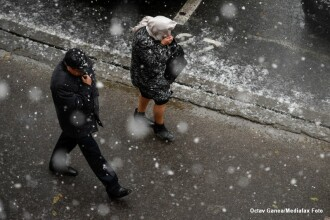 Ploi in jumatate de tara si ninsori in regiunile deluroase, joi. Prognoza meteo pana duminica