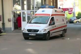 O tanara insarcinata a intrat pe contrasens in Timis si a ranit grav cinci persoane, intre care doi copii