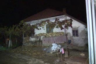 """Trei oameni au murit, intoxicati cu monoxid de carbon. Vecinii i-au gasit fara suflare: """"A incercat sa-si salveze mama"""